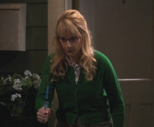 Bernadette's green cardigan on The Big Bang Theory