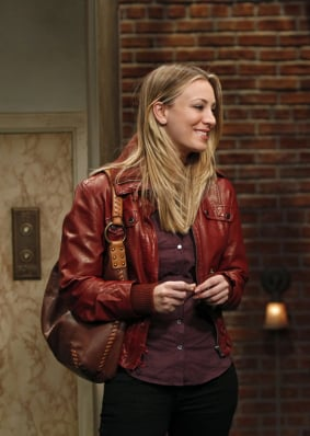 Penny's burgundy leather jacket and brown leather bag on The Big Bang Theory