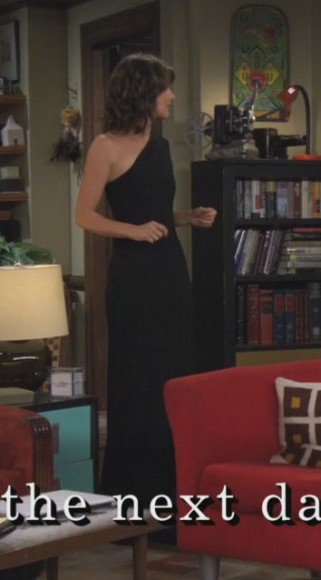 Robins one shoulder black dress
