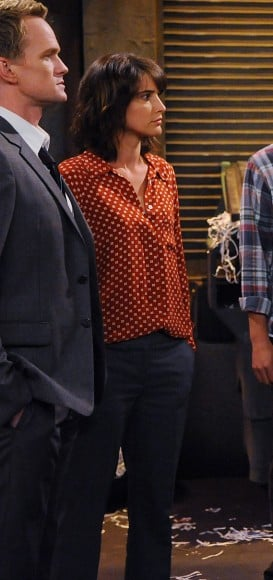 Robin's orange and white blouse from HIMYM