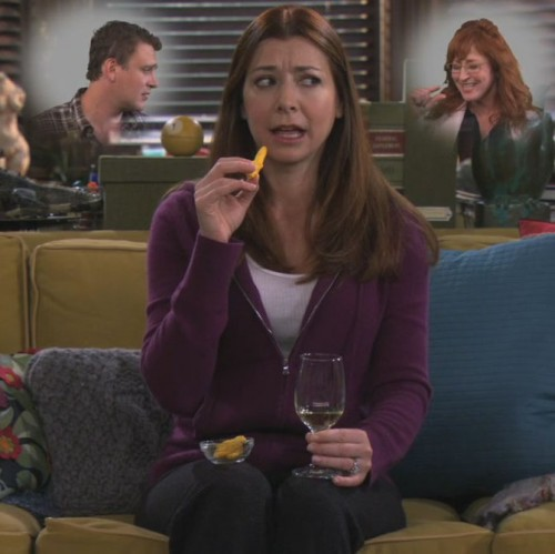 Lily's purple hoodie on How I met your mother