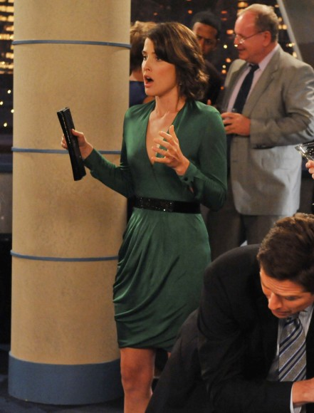 Robin's green longsleeve dress on How I met your mother
