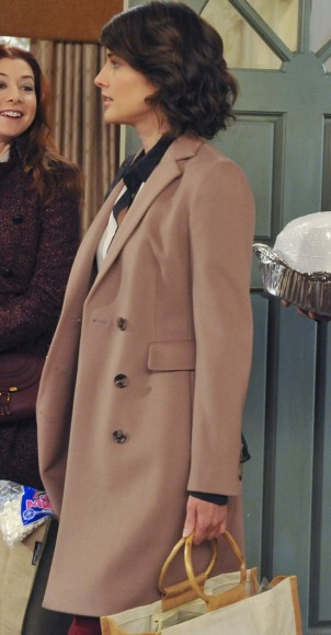 Robin's beige coat on HIMYM