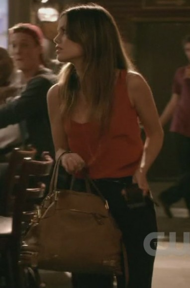 Zoe's brown bag on Hart of Dixie