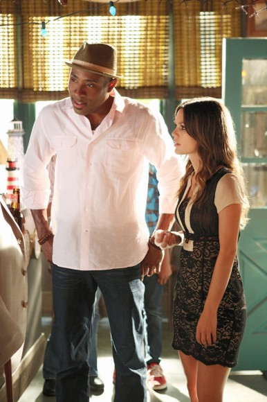 Zoe's black and white lace dress on Hart of Dixie