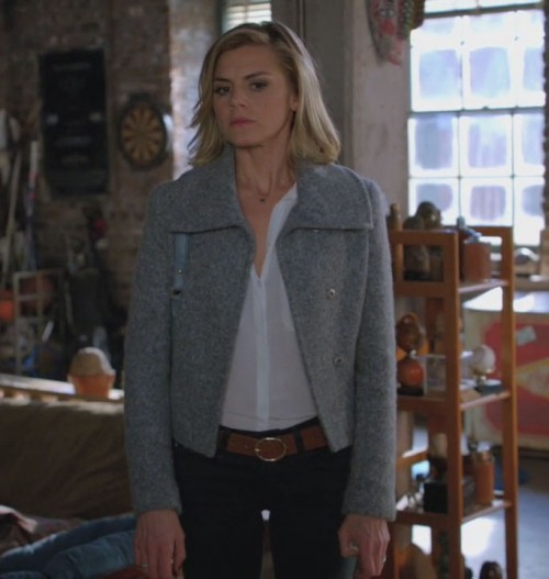 Jane's grey jacket on Happy Endings