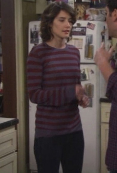 Robins maroon striped sweater on HIMYM