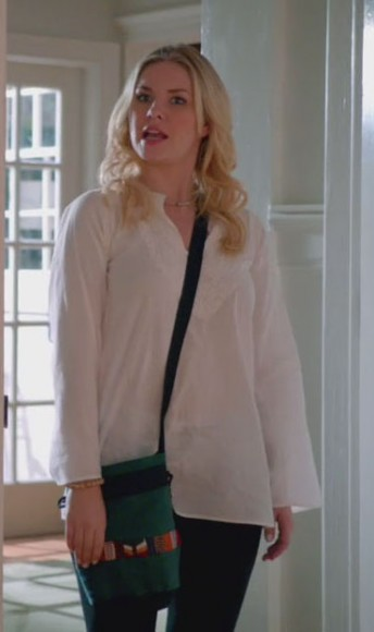 Alex's green bag on Happy Endings