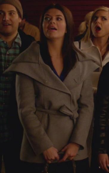 Penny's grey coat on Happy Endings