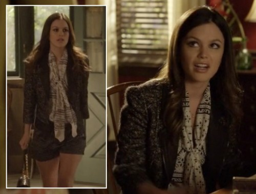 Zoe's grey blazer and black and white scarf on Hart of Dixie