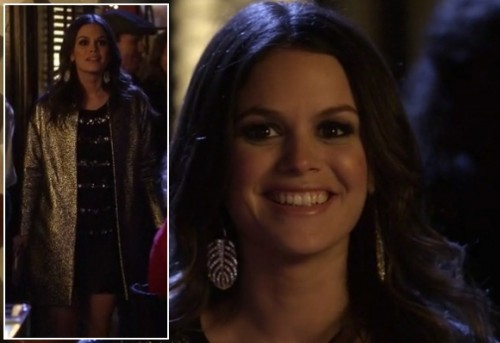 Zoe's glitter coat and silver leaf earrings on Hart of Dixie