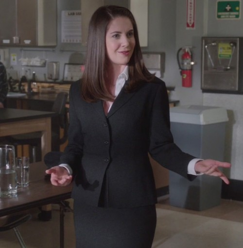 Annie's black three button blazer on Community