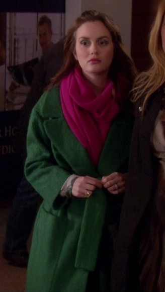 Blair's green coat and pink scarf on Gossip Girl