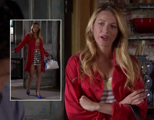 Serena's red coat with blue heels and bowler bag on Gossip Girl