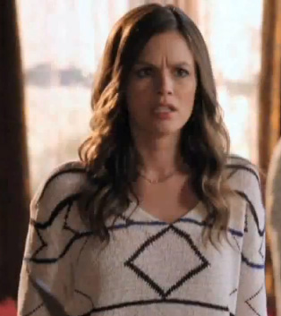 Zoe's white sweater with black stripes/lines on Hart of Dixie
