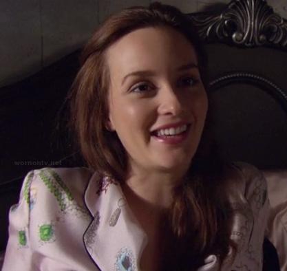 Blair's pink pajamas on Gossip Girls season 6