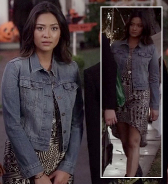 Emily's aztec print dipped hem dress and denim jacket on Pretty Little Liars