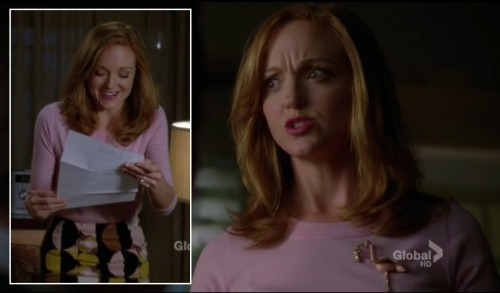 Emma Pillsbury's pink sweater and flamingo brooch on Glee