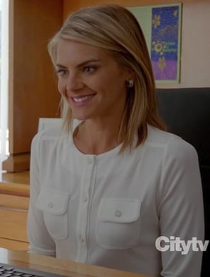 Jane's white button front top with two pockets on Happy Endings season 3