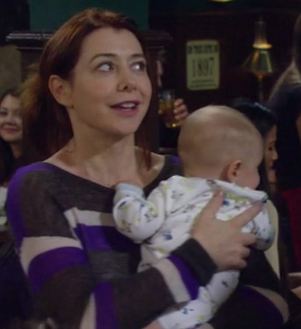 Lily's purple, grey and white striped sweater on How I Met Your Mother