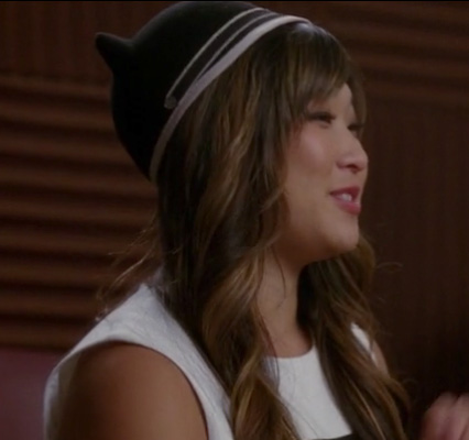 Tina's black cat hat with ears on Glee