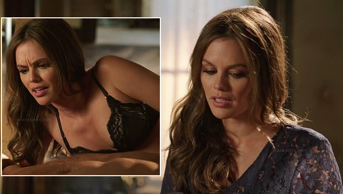Zoe's black lace bra and lace robe on Hart of Dixie season 2