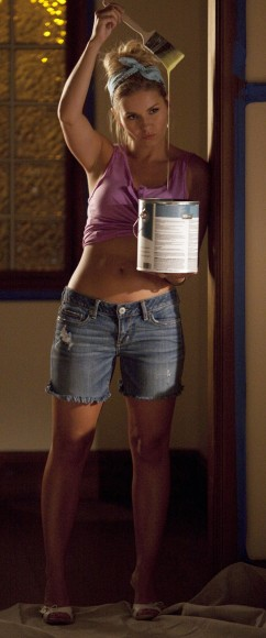 Elisha Cuthberts denim shorts on Happy Endings