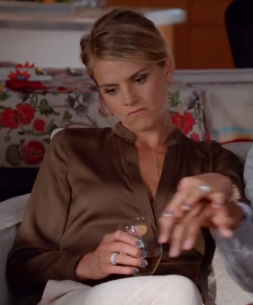 Jane's brown blouse on Happy Endings Thanksgiving Episode