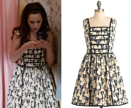 Jess's black and white dress in New Girl flashback