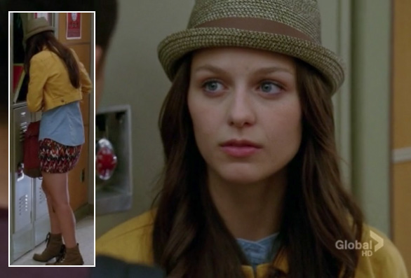 Marley's yellow denim jacket and fedora on Glee