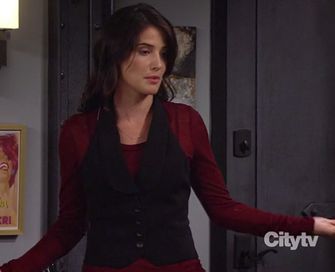 Robin's red longsleeve top with black waistcoat on How I Met Your Mother