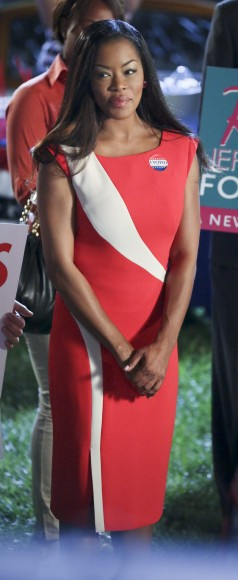 Ruby's red election dress on Hart of Dixie