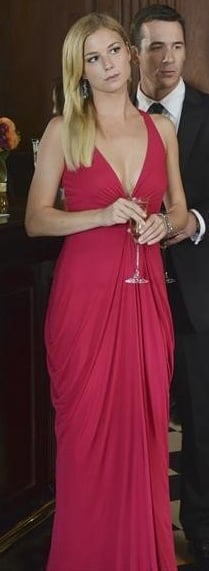 Emily's red gown with plunging neckline on Revenge