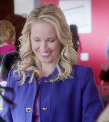 Gwen's purple coat on The Mindy Project