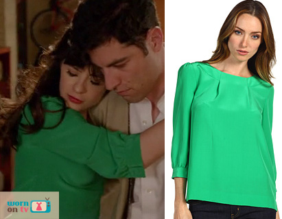 Jess's green 3 quarter sleeve top on New Girl