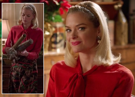 Lemon's reindeer skirt and red blouse with neck tie on Hart of Dixie