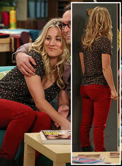 Penny's black floral top and red jeans on The Big Bang Theory