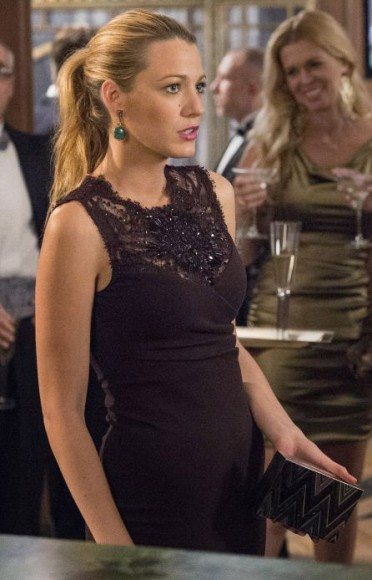 Serena's black dress and green earrings on Gossip Girl