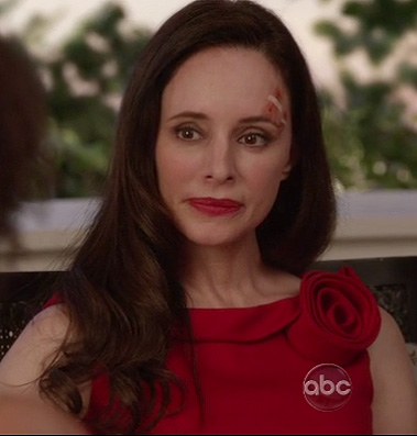 Victoria's red dress with rose detail on Revenge