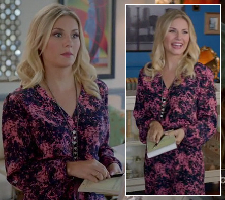 Alex's pink and navy longsleeved dress on Happy Endings