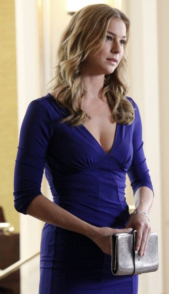 Emily's blue dress on Revenge