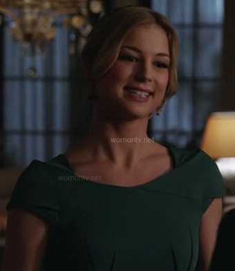 Emily Thorne's green dress on Revenge