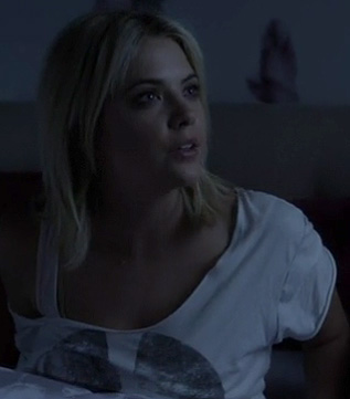 Hanna's white and grey peace tshirt on PLL
