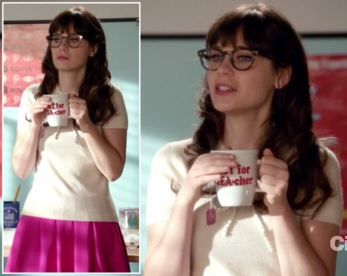 Jess's pink skirt and white top with beads on New Girl