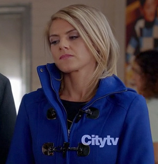 Jane's cobalt blue toggle coat on Happy Endings