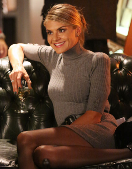 Jane's grey turtleneck knit dress on Happy Endings