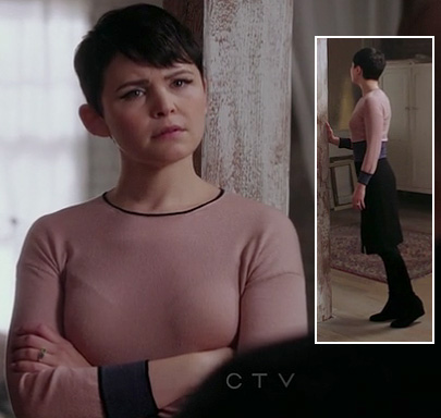 Snow's pink and purple colorblock dress on OUAT