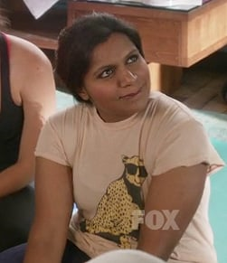 Mindy's leopard with sunglasses tshirt on The Mindy Project