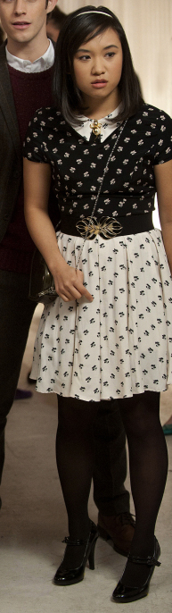 Jill (Mouse)'s black and white printed dress on The Carrie Diaries