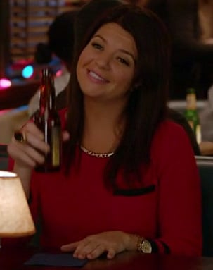 Penny's red and black sweater on Happy Endings